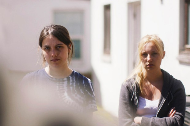 Nell Barlow portraying Lucy and Kristy Philipps portraying Jess (Channel 4)