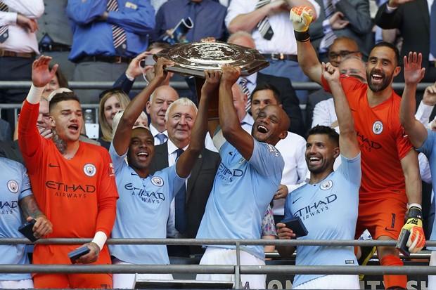 Machester City players celebrate (Getty)