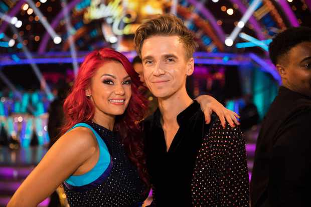 Joe Sugg Celebrates Birthday With Big Strictly Come Dancing Party Youtube Star Invites Strictly Celebrities And Pro Dancers To His House Radio Times In august 2012, he began posting videos on the youtube channel thatcherjoe. https www radiotimes com news tv entertainment 2018 09 09 strictly come dancing 2018 joe sugg party birthday