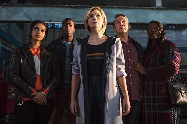 Mandip Gill, Tosin Cole, Jodie Whittaker, Bradley Walsh and Sharon D Clarke in Doctor Who series 11 (BBC, HF)