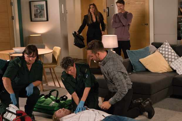 FROM ITV   STRICT EMBARGO - No Use Before Tuesday 18th September 2018  Coronation Street - Ep 9573  Friday 28th September 2018 - 2nd Ep  Cormac takes some coke and offers ecstasy pills to Sophie, Bethany and Ryan Connor [RYAN PRESTON]. Bethany and Sophie leave and Ryan runs after them. Alone in the flat Cormac Truman [JOE MALLALIEU] slips a bag of pills in Ryan's pocket. Ryan heads back to the flat where he finds Cormac fitting. He calls Ali Neesom [JAMES BURROWS] who dashes round believing an ambulance has also been called but too late he discovers that Ryan didn't call one and urges him to, but before they can arrive Cormac dies.   Picture contact - david.crook@itv.com  Photographer - David Crook  This photograph is (C) ITV Plc and can only be reproduced for editorial purposes directly in connection with the programme or event mentioned above, or ITV plc. Once made available by ITV plc Picture Desk, this photograph can be reproduced once only up until the transmission [TX] date and no reproduction fee will be charged. Any subsequent usage may incur a fee. This photograph must not be manipulated [excluding basic cropping] in a manner which alters the visual appearance of the person photographed deemed detrimental or inappropriate by ITV plc Picture Desk. This photograph must not be syndicated to any other company, publication or website, or permanently archived, without the express written permission of ITV Plc Picture Desk. Full Terms and conditions are available on the website www.itvpictures.com