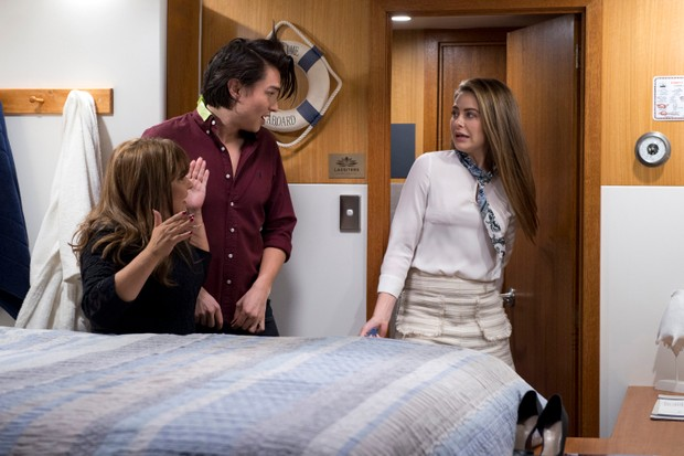 Neighbours spoilers: Terese and Leo caught in the act by ...
