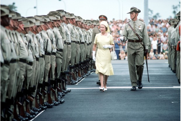 BRISBANE, AUSTRALIA - MARCH 01: The Queen Reviewing Troops On Her Arrival In Brisbane, Australia (exact Date Not Certain) During Her Jubilee Tour In February & March 1977 (Photo by Tim Graham/Getty Images)