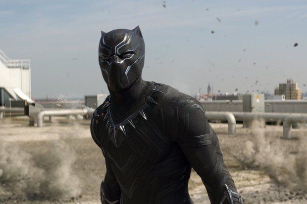 The entirely CG Black Panther suit in Captain America: Civil War (Marvel, HF)