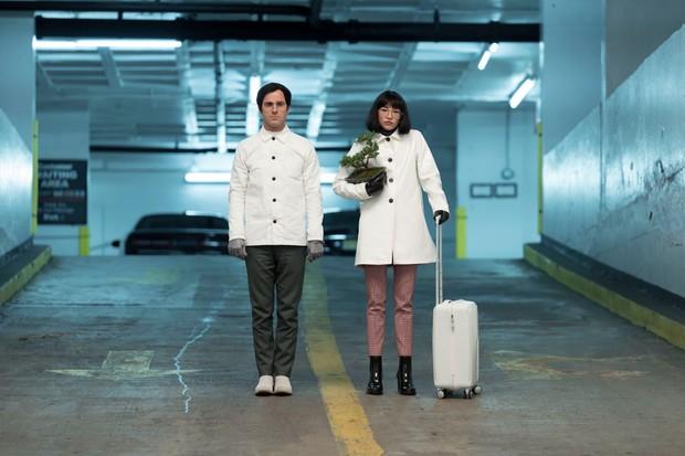 Justin Theroux and Sonoya Mizuno in Maniac