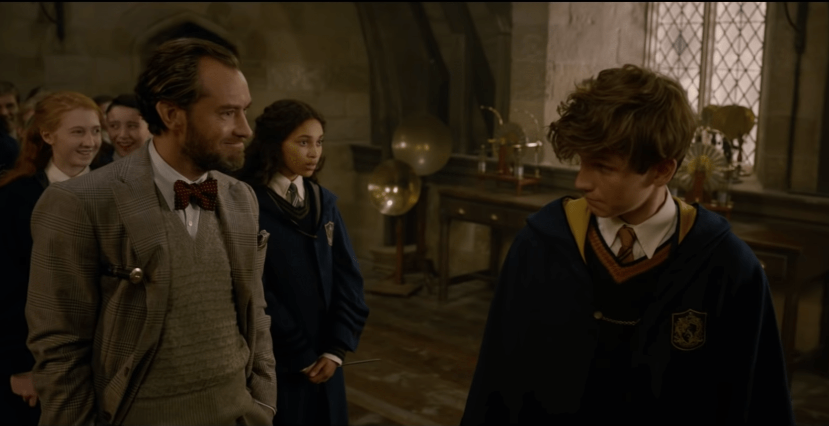 Jude Law stars as young Dumbledore in new behind the scenes look at Fantastic Beasts: the Crimes of Grindelwald (YouTube)