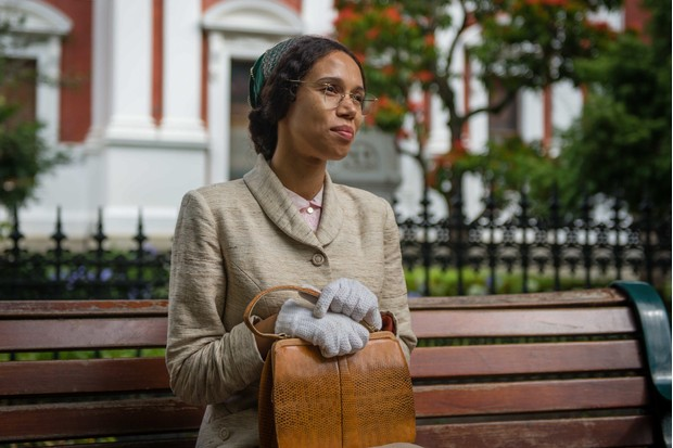Vinette Robinson as Rosa Parks in Doctor Who (BBC, HF)