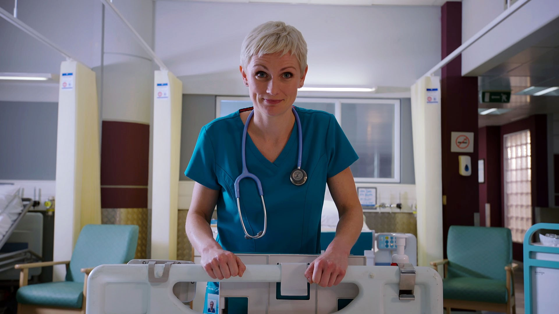16526149-high_res-holby-city-series-20