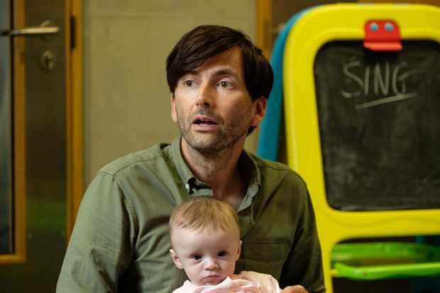 Programme Name: There She Goes - TX: 23/10/2018 - Episode: There She Goes - EP2 (No. 2) - Picture Shows:  Simon (DAVID TENNANT) - (C) Merman Productions - Photographer: Kevin
