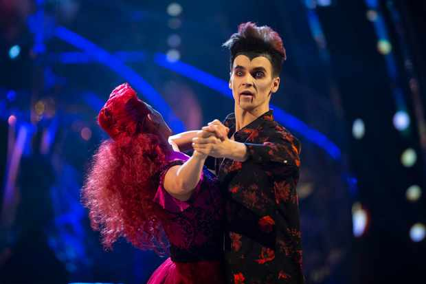 WARNING: Embargoed for publication until 20:30:01 on 27/10/2018 - Programme Name: Strictly Come Dancing 2018 - TX: 27/10/2018 - Episode: LIVE SHOW (No. n/a) - Picture Shows: ++DRESS RUN++  STRICTLY EMBARGOED UNTIL 27/10/18 20:30:01** Dianne Buswell, Joe Sugg - (C) BBC - Photographer: Guy Levy