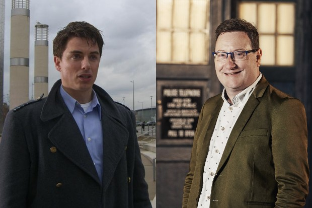 John Barrowman in Doctor Who and Chris Chibnall (BBC, HF)