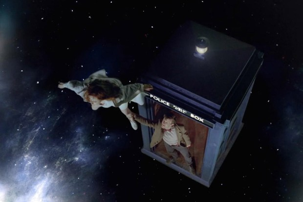 Amy Pond footing in space