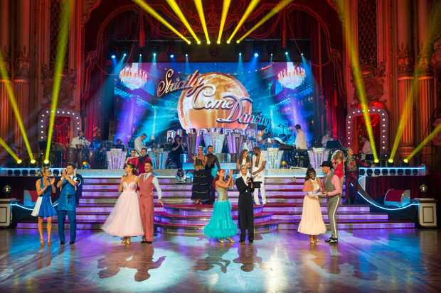 Programme Name: Strictly Come Dancing 2018 - TX: 17/11/2018 - Episode: n/a (No. n/a) - Picture Shows: ++LIVE SHOW++ Strictly 2018 Celebrities and Pro Dancers - (C) BBC - Photographer: Guy Levy