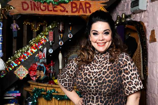 Lisa Riley returns to Emmerdale as Mandy Dingle
