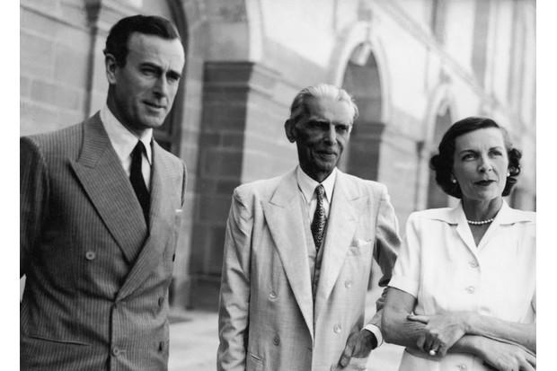 Jinnah With Mountbatten (Getty)