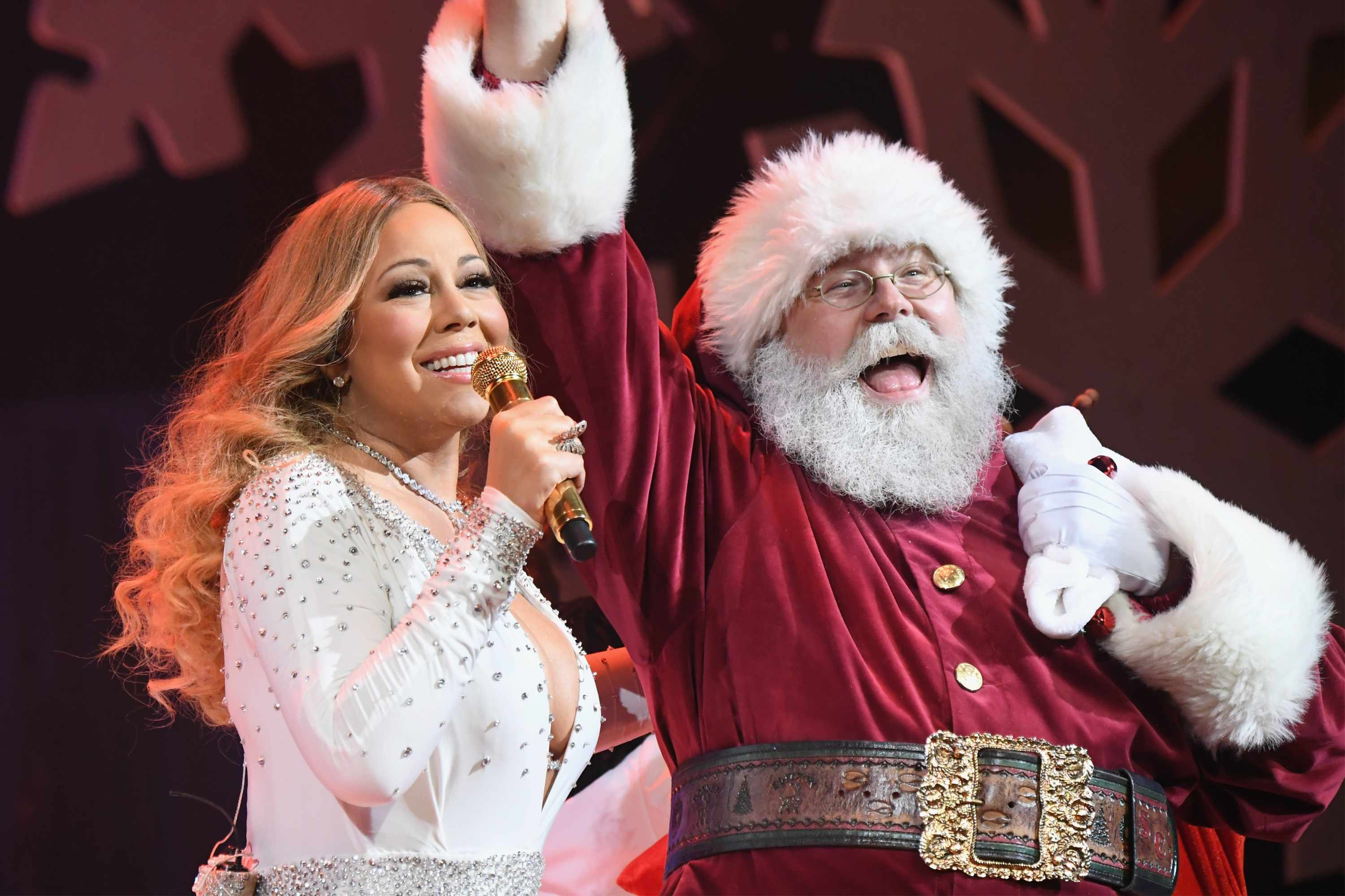 Mariah Carey, Santa (Getty)