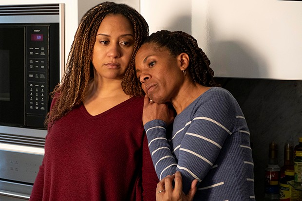 Nancy (Tracie Thoms) and Kayla Price (LisaGay Hamilton) in The First