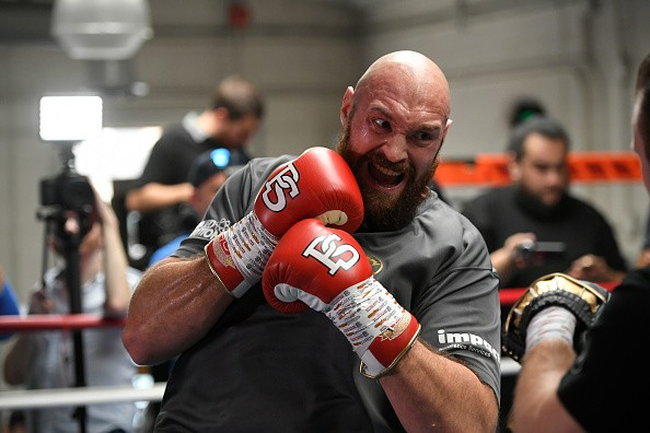 LOS ANGELES, CA - OCTOBER 25: Lineal Heavyweight Champion Tyson Fury works out in front of Los Angeles media in advance of his highly anticipated WBC Heavyweight World Championship against undefeated WBC World Champion Deontay Wilder on December 1at Churchill Boxing Club on October 25, 2018 in Los Angeles, California. (Photo by John McCoy/Getty Images)