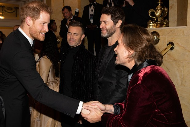 Prince Harry meets members of Take That (Getty)