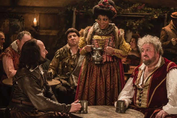 WARNING: Embargoed for publication until 00:00:01 on 11/12/2018 - Programme Name: Upstart Crow - TX: n/a - Episode: A Crow Christmas Carol (No. n/a) - Picture Shows: Condell (DOMINIC COLEMAN), Will Shakespeare (DAVID MITCHELL), Kempe (SPENCER JONES), Lucy (JOCELYN JEE ESIEN), Burbage (STEVE SPEIRS) - (C) BBC - Photographer: Gary Moyes