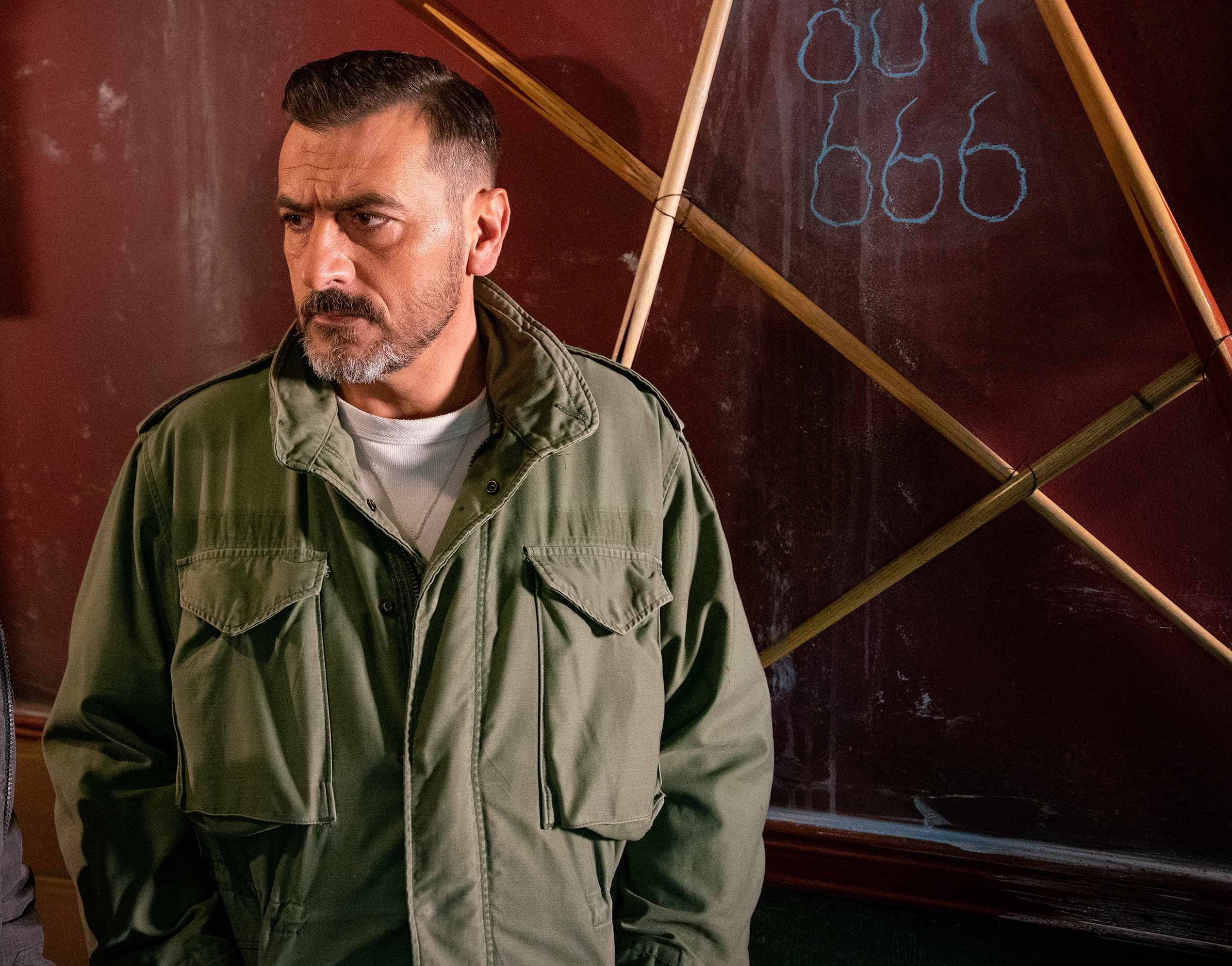 Will Peter (Chris Gascoyne) leave Coronation Street?