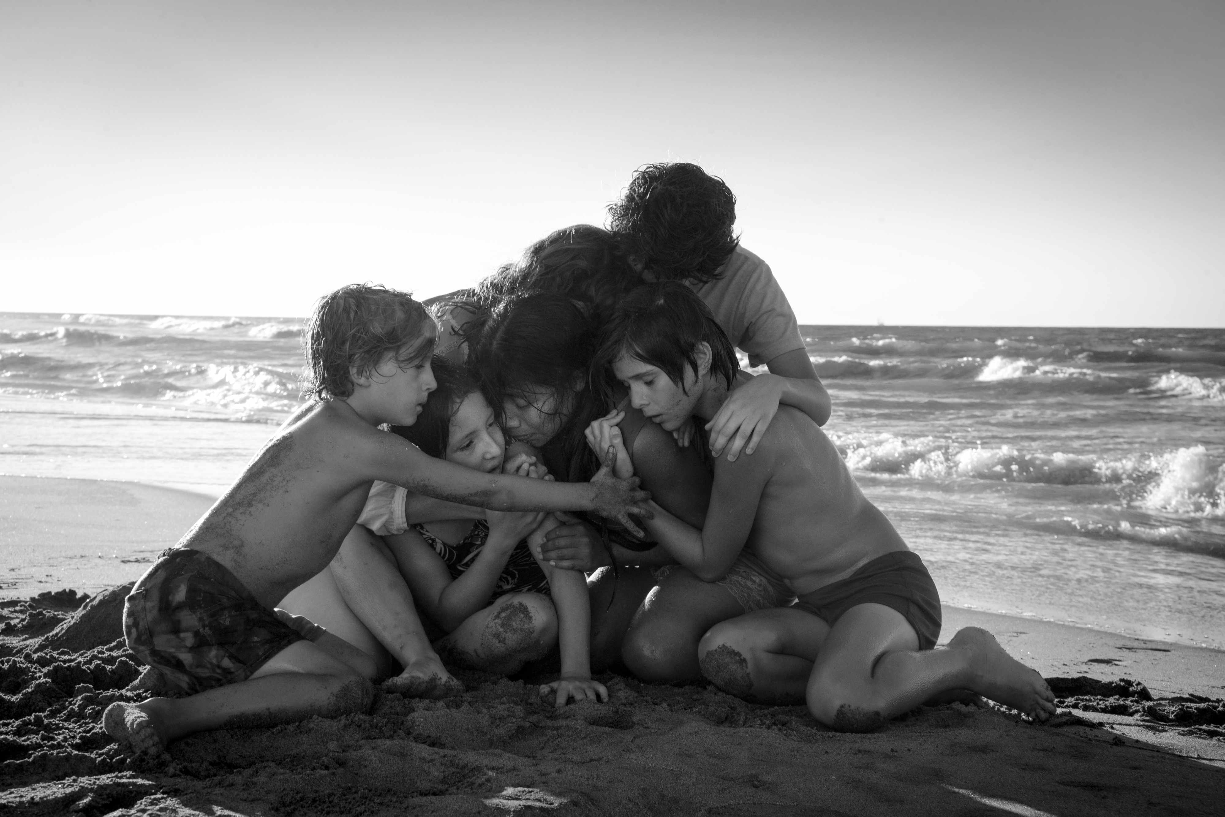 (L to R) Marco Graf as Pepe, Daniela Demesa as Sofi, Yalitza Aparicio as Cleo, Marina De Tavira as Sofia, Diego Cortina Autrey as Toño, Carlos Peralta Jacobson as Paco in Roma, written and directed by Alfonso Cuarón. 