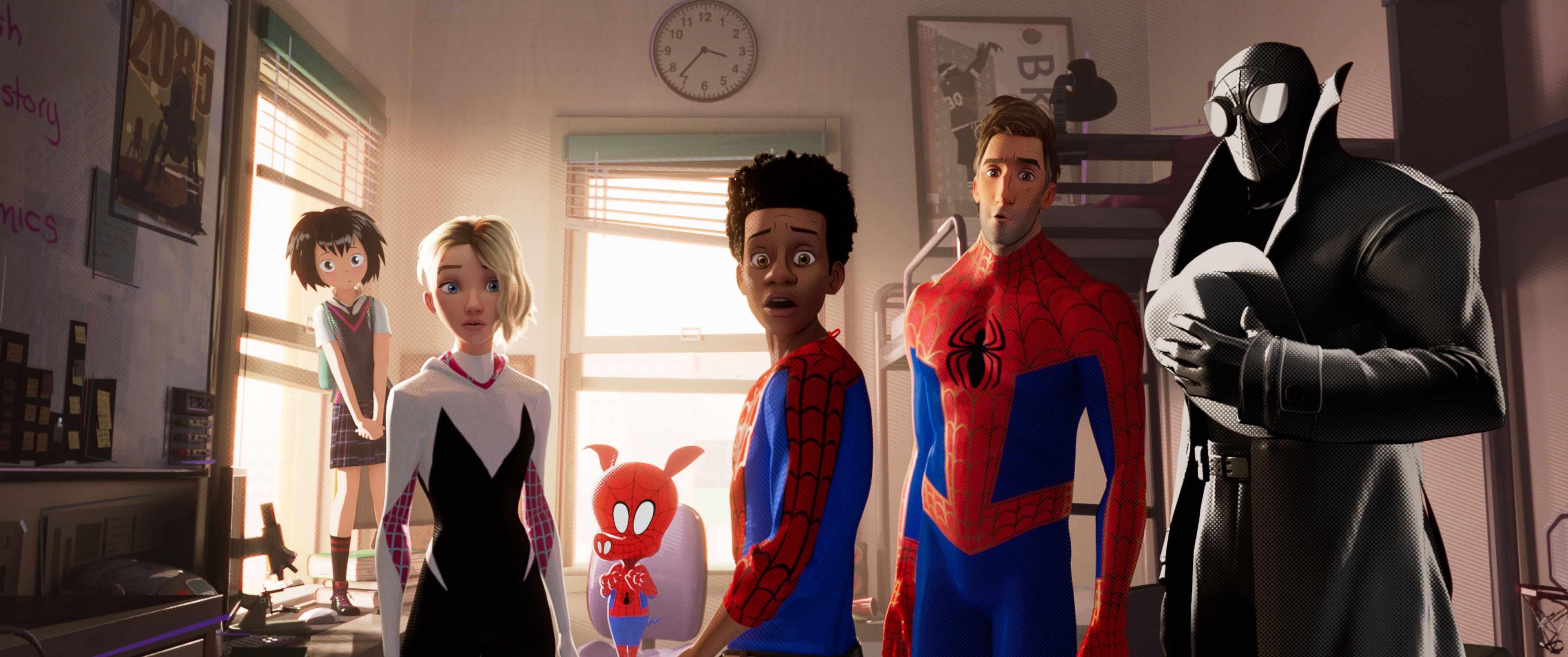 Peni (Kimiko Glen), Spider-Gwen (Hailee Steinfeld), Spider-Ham (John Mulaney), Miles Morales (Shameik Moore), Peter Parker (Jake Johnson), Spider-Man Noir (Nicolas Cage) in Spider-Man: Into the Spider-Verse (Sony)