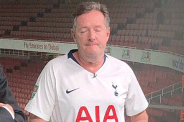 Piers Morgan in Spurs shirt, Twitter