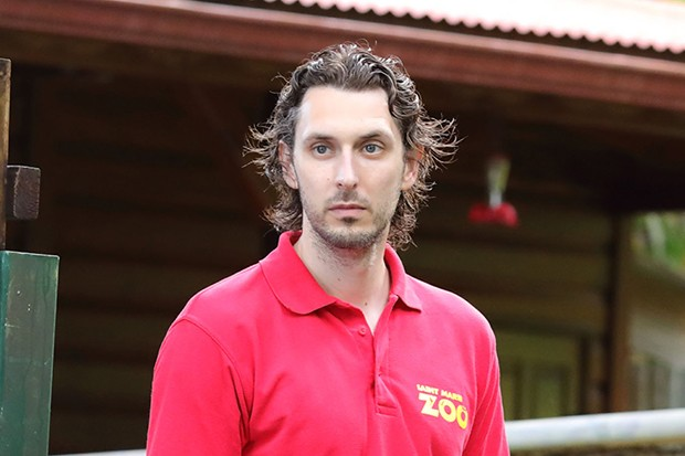 Blake Harrison plays Theo Roberts in Death in Paradise