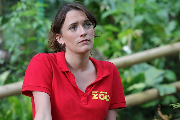 Charlotte Ritchie plays Iris Shepherd in Death in Paradise