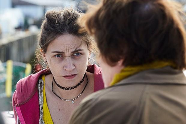 Chelsea Edge plays Kayleigh Mincham in Vera