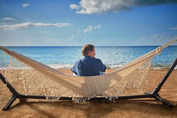 Death in Paradise - beach