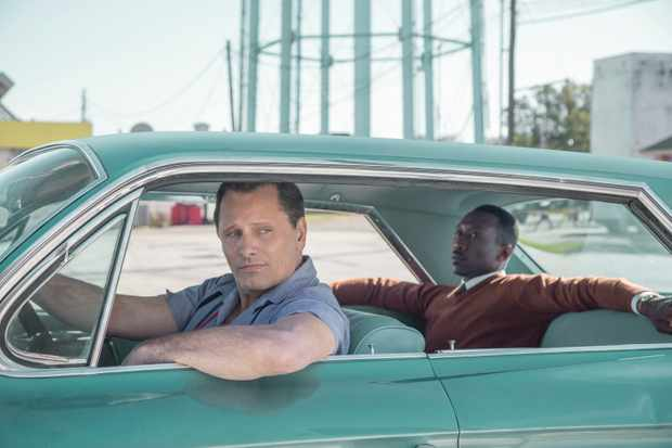 L to R: Viggo Mortensen and Mahershala Ali