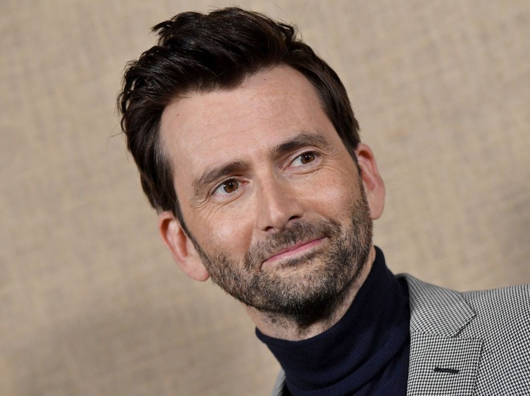 Watch a very hyper David Tennant dance his way offstage in Chicago