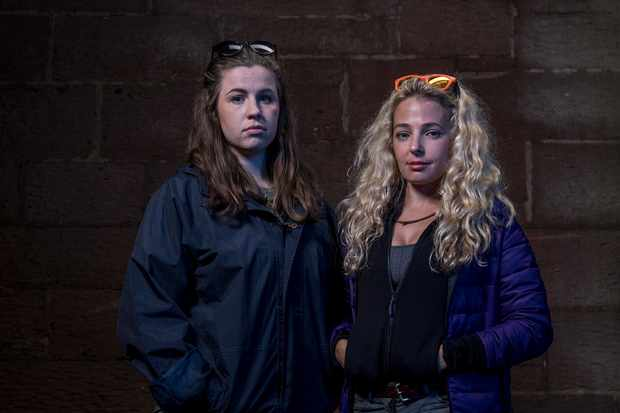 Jess and Emma Hunted 4 - Fugitive Specials (Channel 4)
