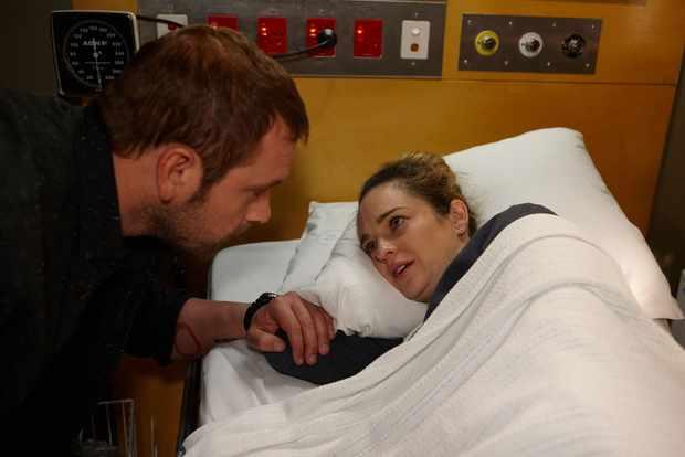 Home and Away Robbo (Jake Ryan) Tori Morgan (Penny McNamee)