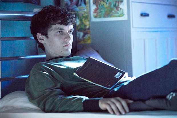 Fionn Whitehead as Stefan in Black Mirror: Bandersnatch (Netflix)