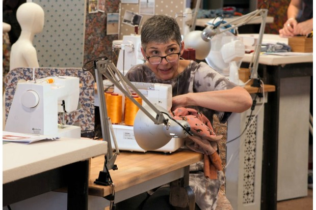 Mercedes, The Great british Sewing Bee (BBC)