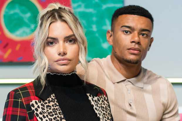 LONDON, ENGLAND - AUGUST 10:  Megan Barton Hanson and Wes Nelson during the 'Love Island Live' photocall at ICC Auditorium on August 10, 2018 in London, England.  (Photo by Samir Hussein/WireImage)