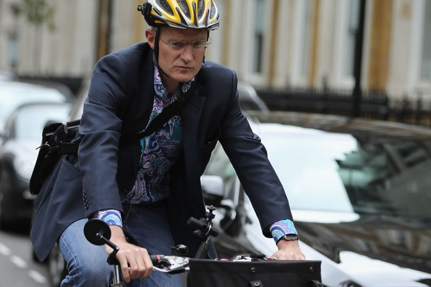 LONDON, ENGLAND - JULY 19:  Jeremy Vine leaves BBC Wogan House on his bicycle after presenting his Radio 2 Show on July 19, 2017 in London, England. The BBC has published the pay of its top earning employees today as part of the corporation's annual report.  (Photo by Dan Kitwood/Getty Images)