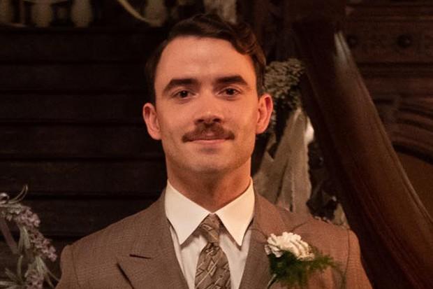 Jamie Blackley plays Freddie Symonds in Traitors