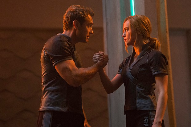 Jude Law and Brie Larson in Captain Marvel (Marvel, Disney)