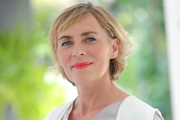 Saskia Reeves plays Frances Compton in Death in Paradise