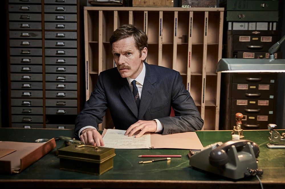 endeavour_episode1_05_0