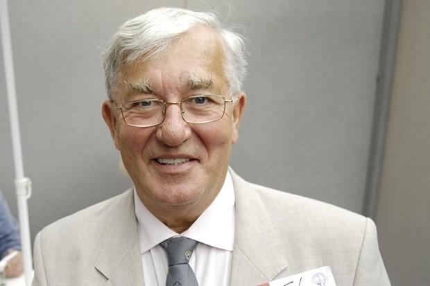 Former weather presenter Bill Giles