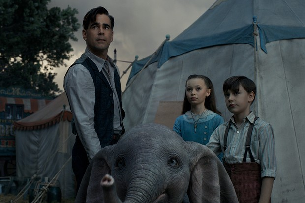 Nico Parker with Finley Hobbins and Colin Farrell in Dumbo (Disney)
