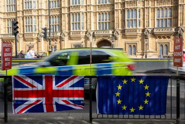 Brexit demonstrators outside parliament