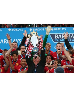 2012/2013 Premier League winners - Manchester United (Photo by Alex Livesey/Getty Images)