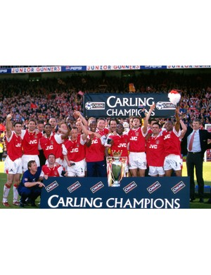 1997/1998 Premier League winners - Manchester United (Photo by Mark Leech/Getty Images)