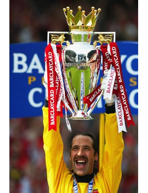 2001/2002 Premier League winners - Arsenal (Photo by Ben Radford/Getty Images)
